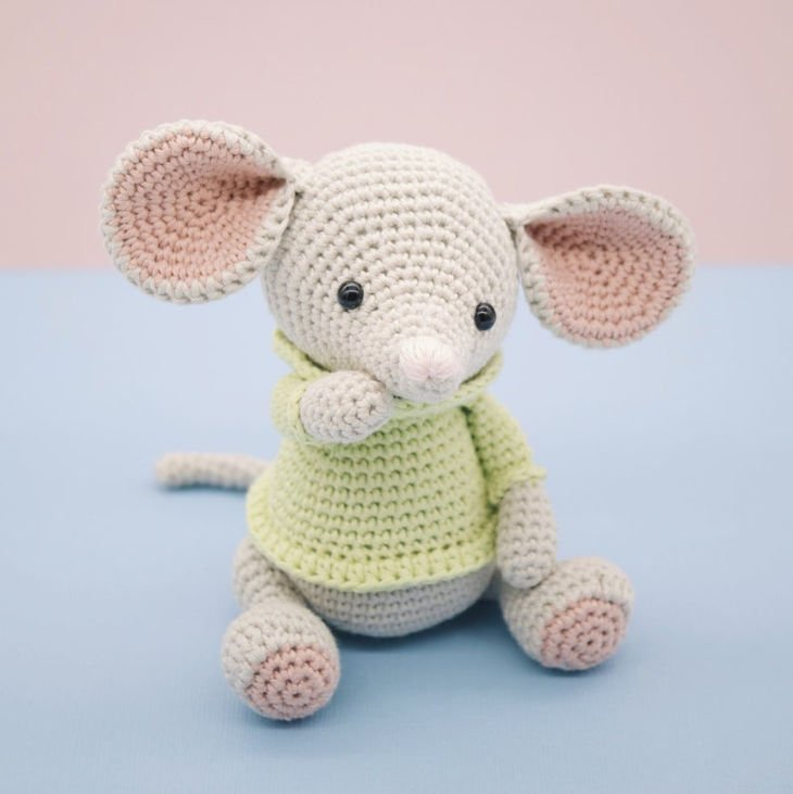 Albert the Mouse Amigurumi Crochet Pattern