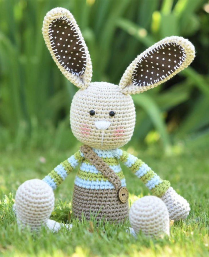 Long Ear Rabbit Amigurumi Crochet Pattern