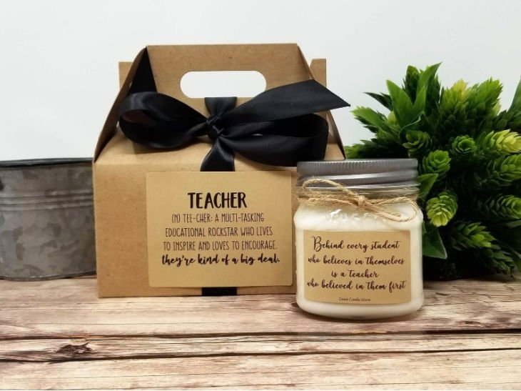 Teacher Appreciation Soy Candle with Gift Box